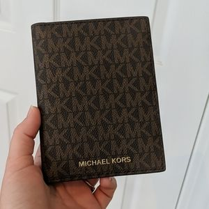 MK Michael Kors Passport Holder